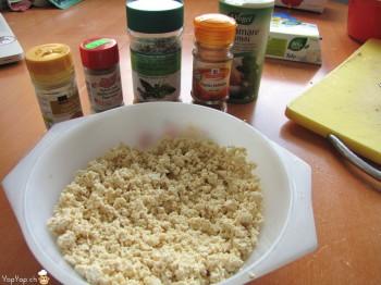 tofu prêt a être épicé