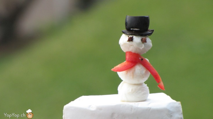 amuse bouche mozzarella bonhomme de neige en mozzarella