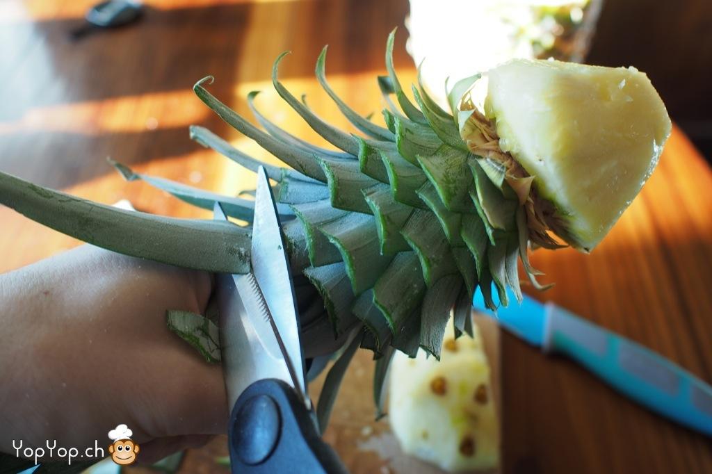 Dessert ananas comment transformer un ananas en oiseau - Comment couper des videos ...