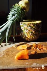 dessert ananas tailler un bec dans une carotte