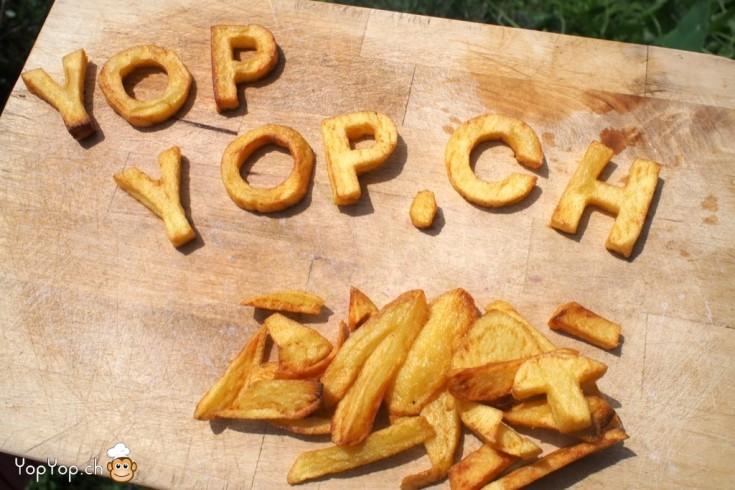 lettres de l'alphabet en frite yopyop.ch sur une planche