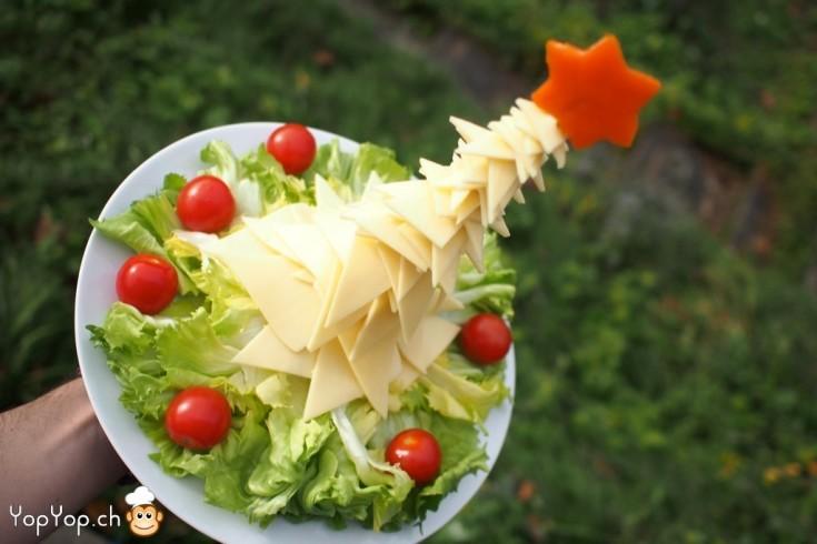 2-amuse-gueule de Noël sapin de noël en fromage et salade